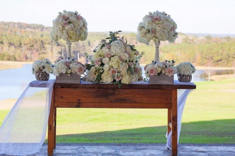 alabama-wedding-venue-chapel-flagstone-alter