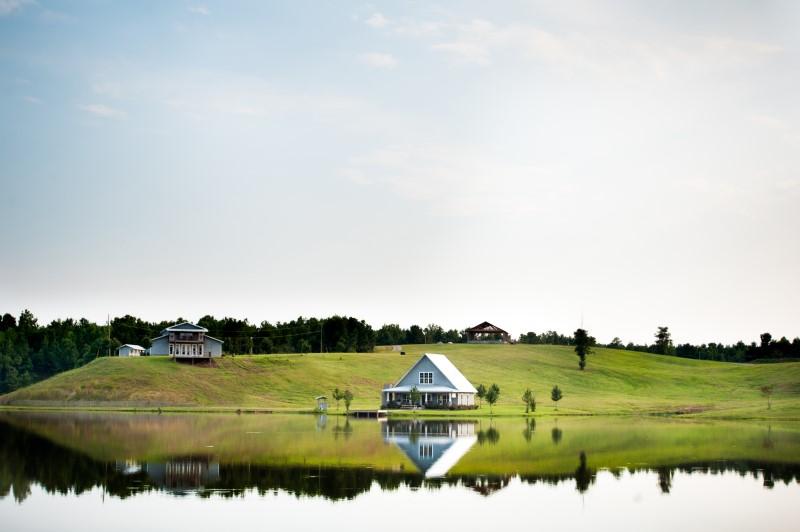 alabama-wedding-venue-chapel-flagstone-lake