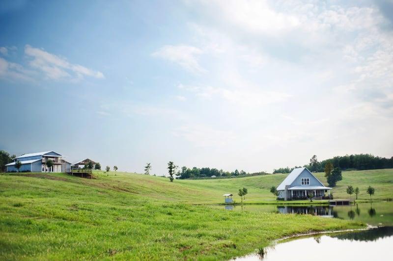 cottage-alabama-wedding-venue-wide