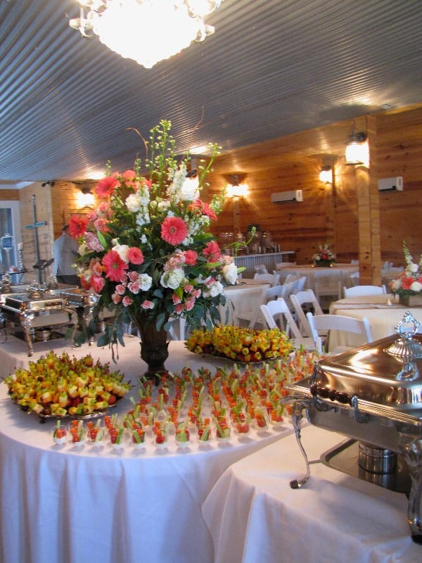 the-barn-wedding-venue-catering