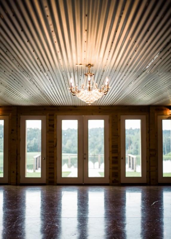 the-barn-wedding-venue-lake-view