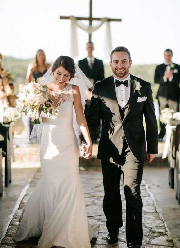 wedding-venue-alabama-chapel-aisle-bride-groom