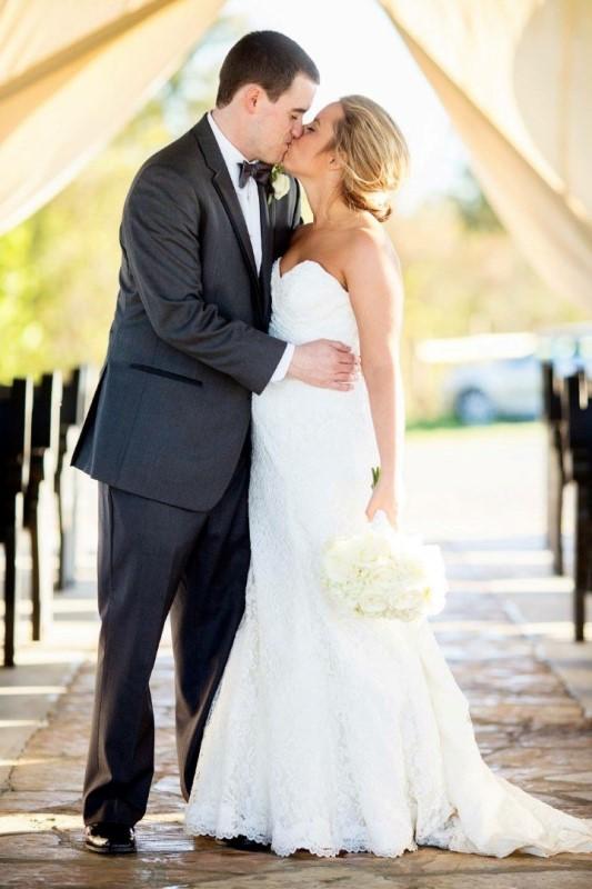 wedding-venue-alabama-chapel-aisle-bride