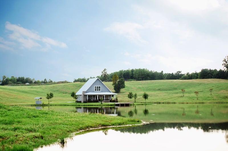 wedding-venue-alabama-cottage-wide