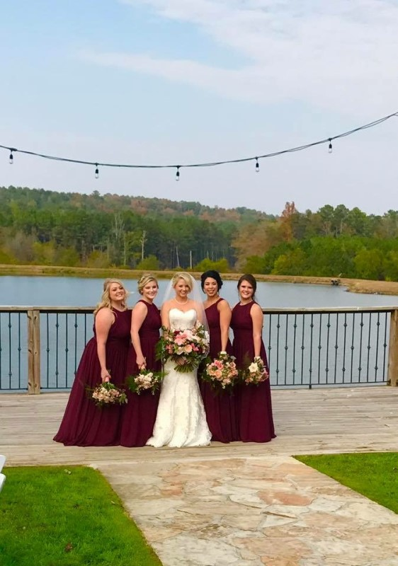 wedding-venue-alabama-farm-bridesmaids-lake