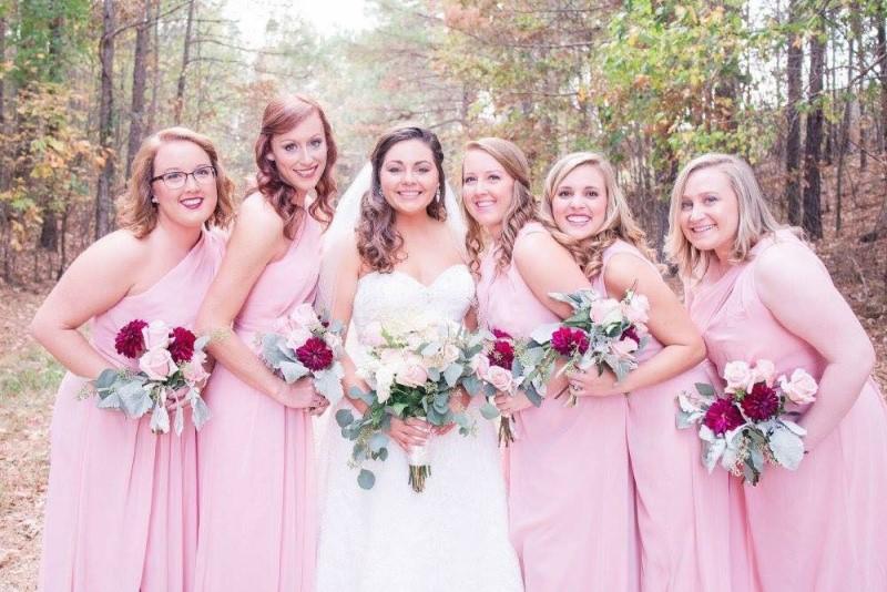 wedding-venue-alabama-farm-bridesmaids